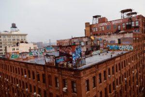 View à gauche de Manhattan Bridge