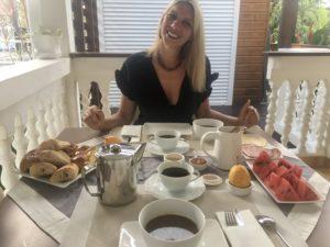 petit déjeuner royal pour mes 40 ans ! 😊 .
