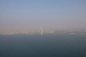 vue du Burj al Arab en hélicoptère