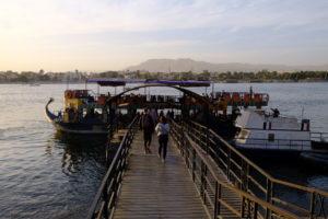 embarcadère pour la traversée le Nil