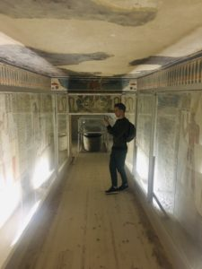 Tomb titi 52