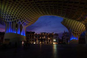 Métropol parasol by night Séville